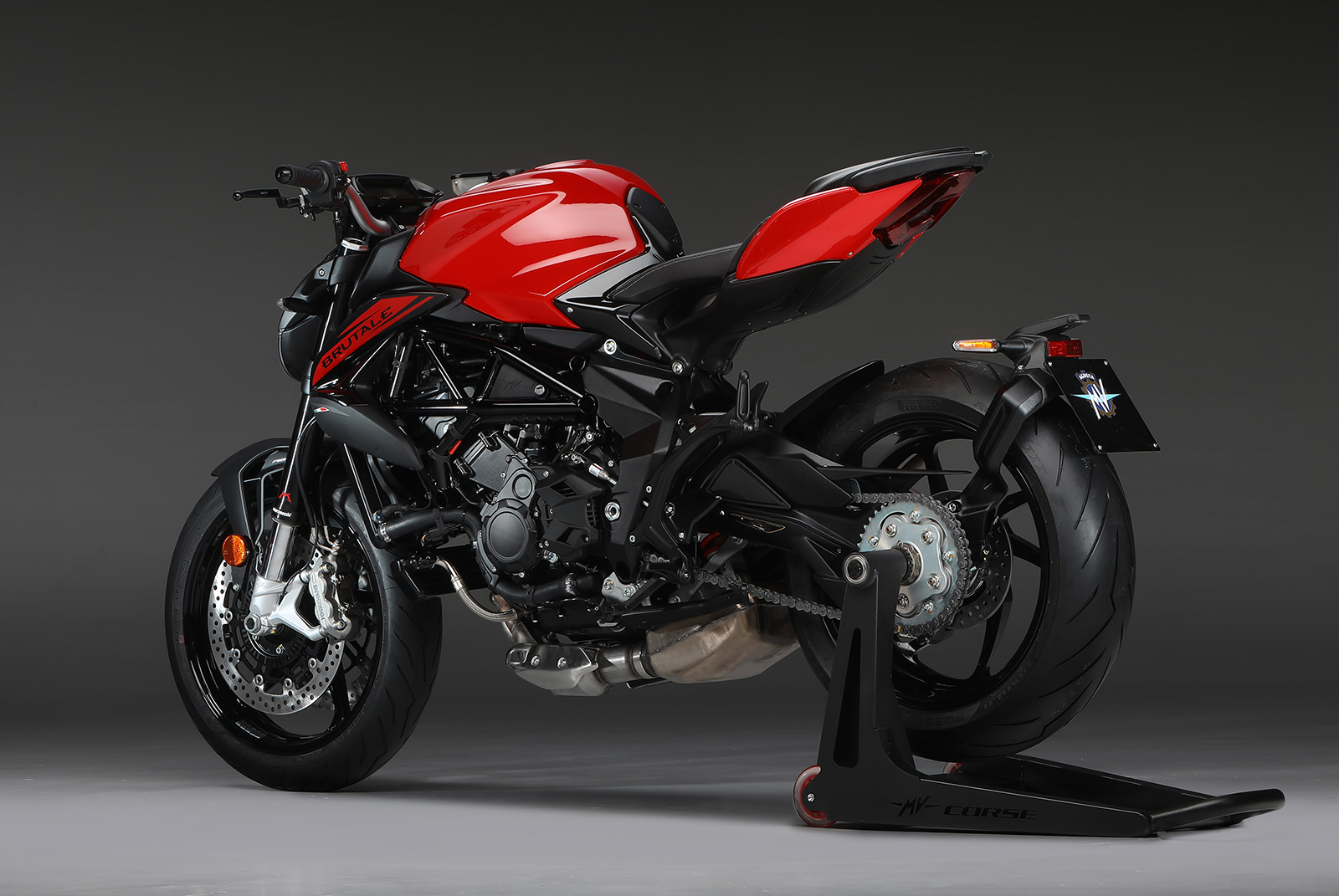Ago Red / Metallic Carbon Black